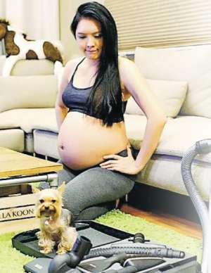 官恩娜怀胎7月再秀巨肚 一周拍一张大肚照资讯生活